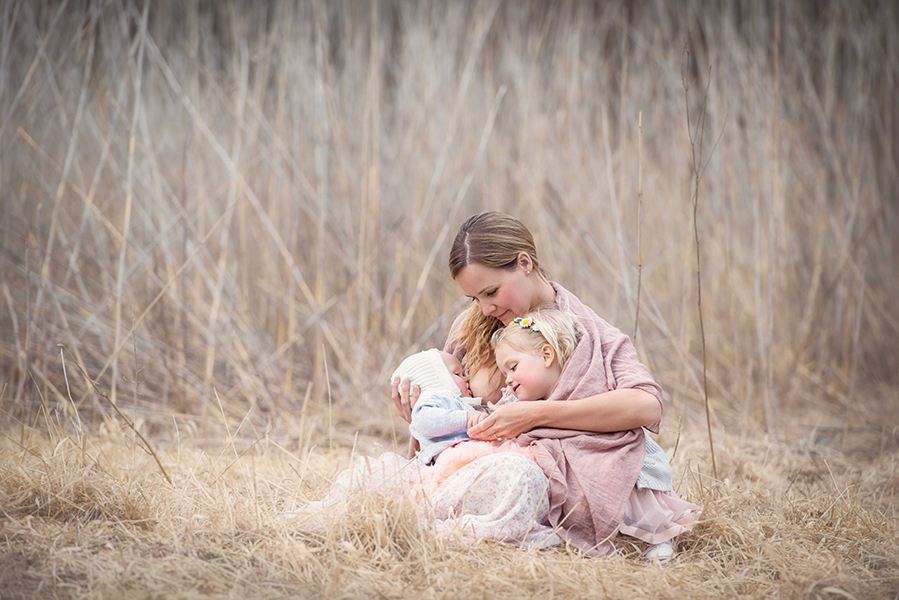 tammy-nicole-photography-newborn-baby-maternity-breastfeeding-english-espanol-munich-family276